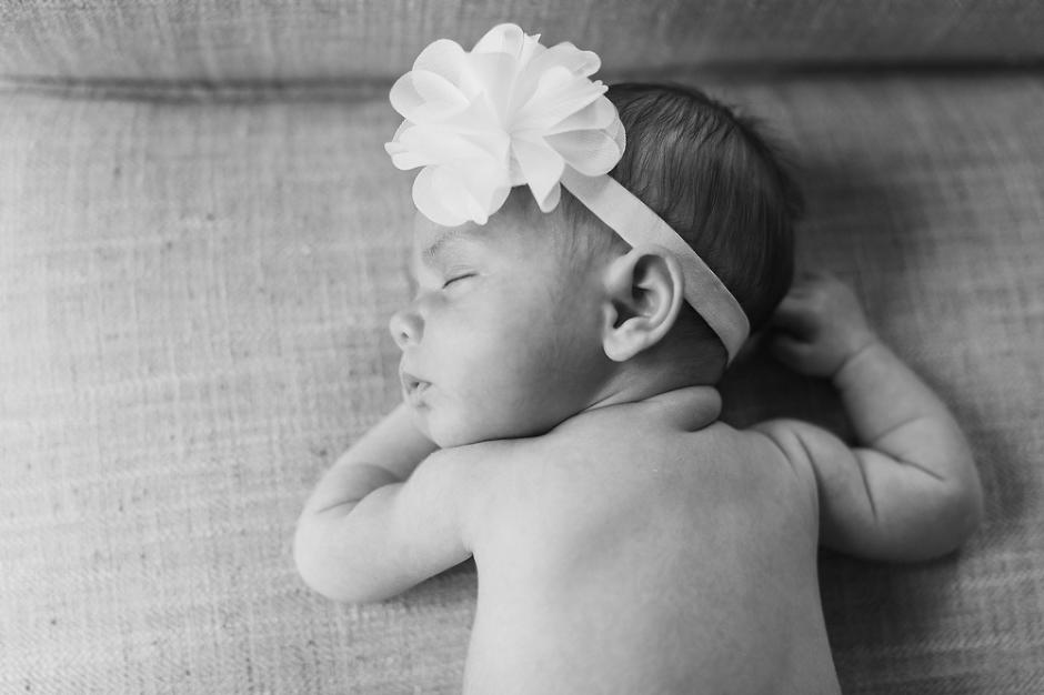 Braelynn Rose 1 Month Baby Session   www.meganannphoto.com